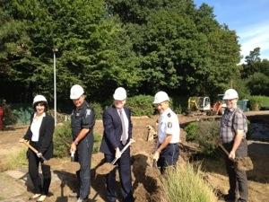 Spatenstich für Erweiterungsbau bei der Polizeifliegerstaffel in Egelsbach